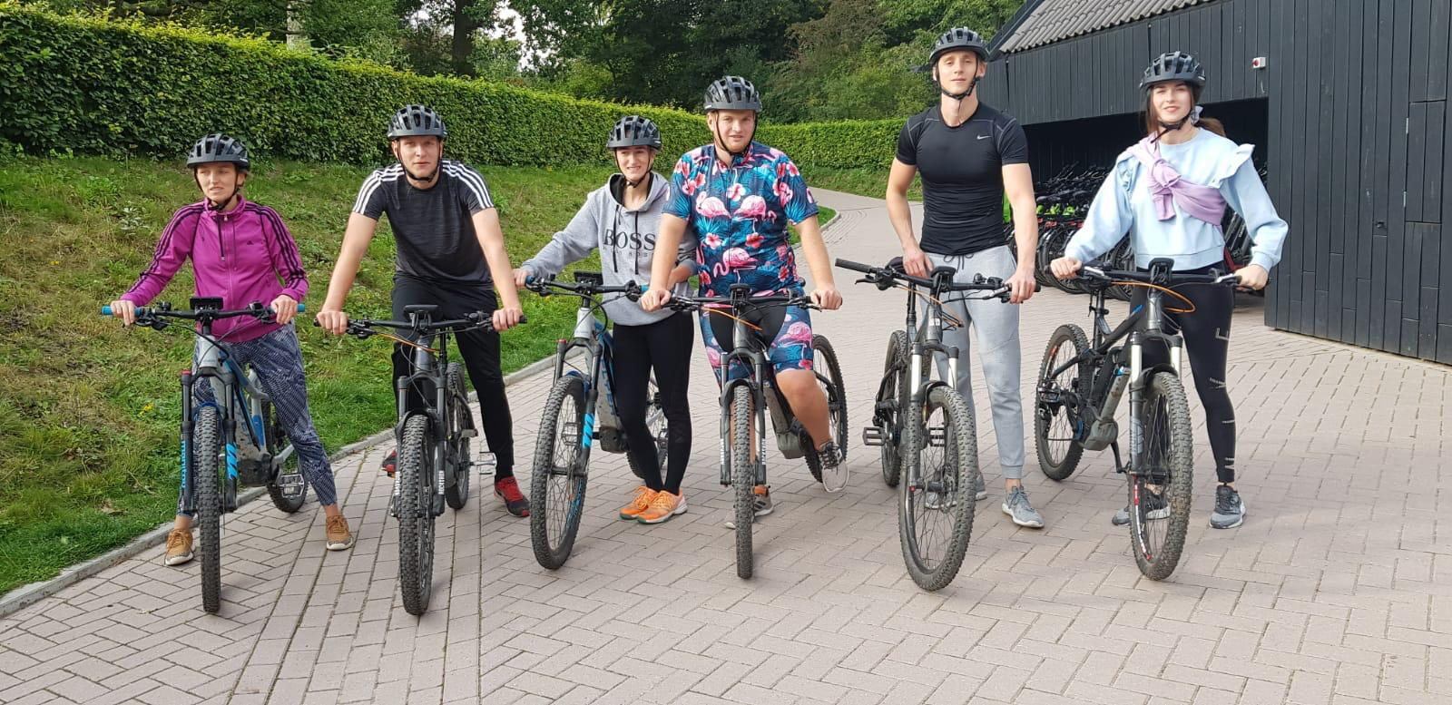 Mountainbike met groep