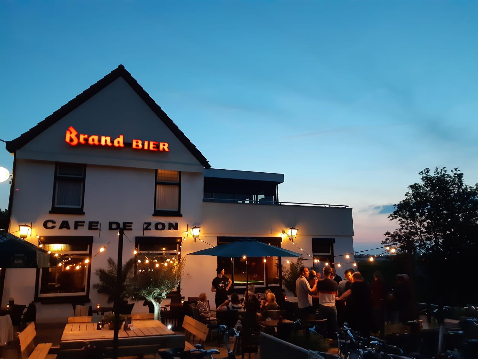 Gezellig terras Café De Zon
